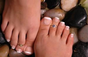Кольца на пальцах ног
